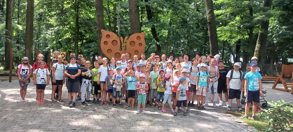 Wycieczka Wilkowice - zdjęcie grupowe - Izbicko, Otmice, Suchodaniec.jpeg